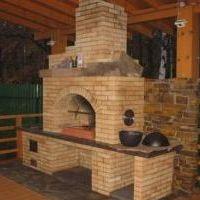 кирпичная печь для беседки с местом под дрова фото
