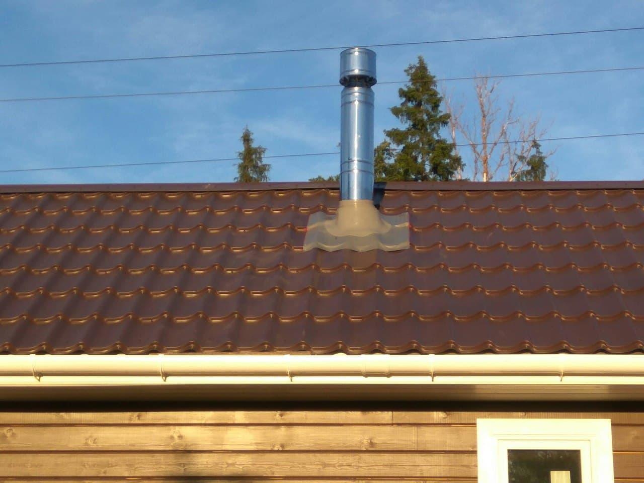 дымоход штрих на красной крыше