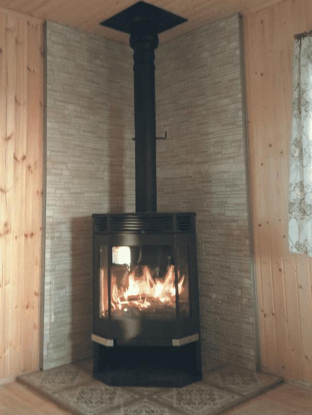 печь Ангара12 в доме
